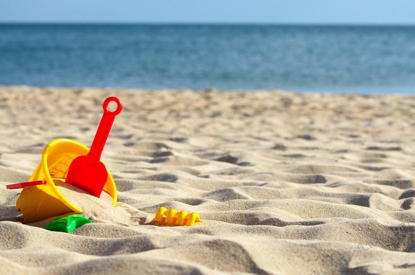No more waking up to make lunches and yelling at the kids to get out the door. Make the most of summer with our best summer bucket list ideas! What to do During Summer   Where to Travel this Summer   Summer Vacation Ideas   Summer Travel Ideas #summer #travel #tips #lifestyle