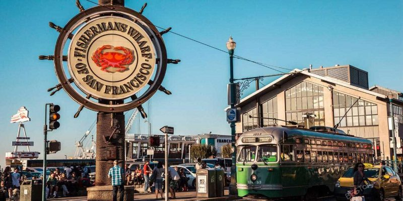 Some of the best things to do in Fisherman's Wharf attract tourists from all over for many different reasons. What attracts you? Things to do in San Francisco | What is Fisherman's Wharf | San Francisco Travel Tips #sanfrancisco #travel #fishermanswharf