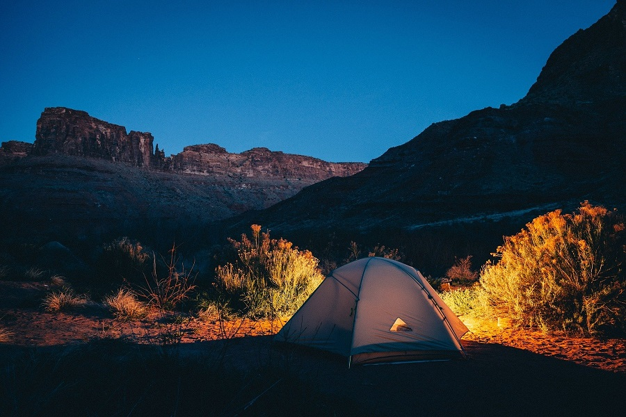 Best Camping Air Mattresses to Consider Tent at Night in a Canyon