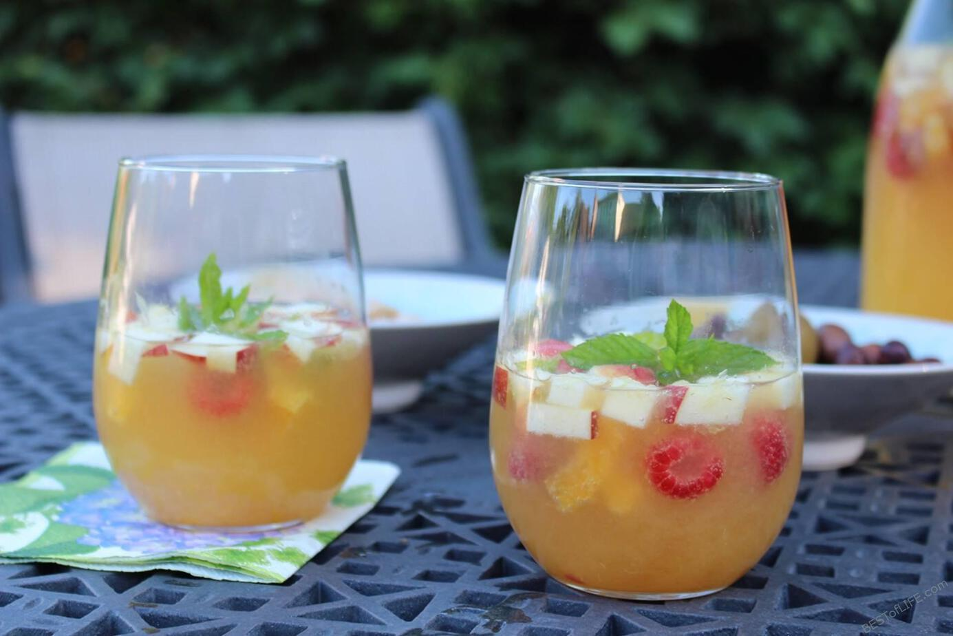 Having the perfect sangria recipes on hand for summer parties and gatherings will keep everyone refreshed as they sip on this well-loved wine-based drink. #sangria #happyhour #drinkrecipes | Best Sangria Recipe | Easy Sangria Recipe | Happy Hour Recipes
