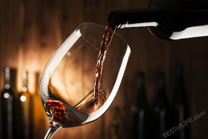 The vast array of types of red wine available today can be overwhelming. Use these tips to make sure you get the best red wine for your tastes! #wine #whino #redwine | Best Types of Red Wine | Best Red Wine | What Red Wine is Better