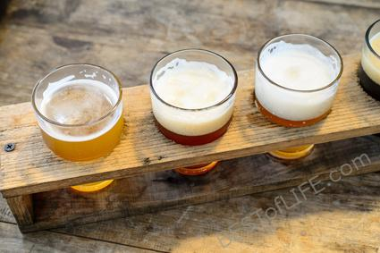 San Diego should be considered a Beer Mecca and I'm going to show you why! There are countless breweries, festivals, and most of all a great community. #sandiego #beer #happyhour | Where to Drink in San Diego | Best Beer in San Diego | Best Drinking Spots in San Diego