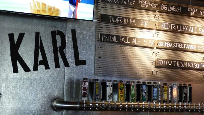 What could be better than catching a baseball game while enjoying a hot dog and an ice cold craft beer?!? These are the best ballparks for craft beer lovers, check them out!