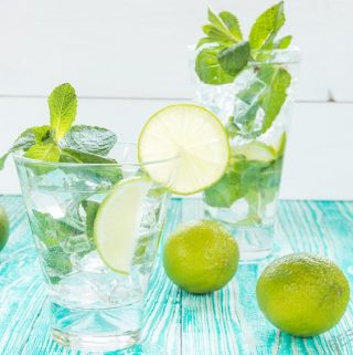 To make the perfect mojito, you will need a few things on hand in your kitchen. They are easy to shop for and find so you always have them for making mojitos and other cocktails. #happyhour #cocktails #mojito | Mojito Recipes | Best Mojitos | Mojito Tips