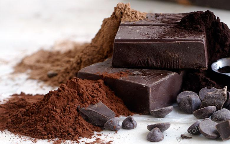 By knowing the health benefits of chocolate you can enjoy sweets in combination with a healthy lifestyle. Everything in moderation, right? #chocolate #health #healthtips #healthyliving #healthylifestyle #nutrition #nutritiontips