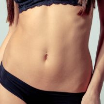 Muffin top workouts can help you banish the stubborn fat around the waistline once and for all. Best Workouts for A Muffin Top | How to Work Out a Muffin Top | How to Lose a Muffin Top | Tips to Lose a Muffin Top | Fitness Tips | Workout Tips