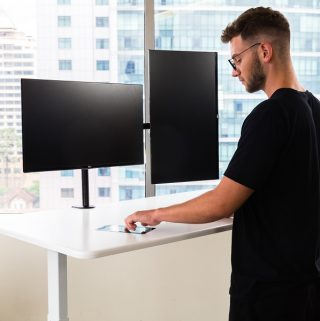 Autonomous has launched the SmartDesk 3 which takes the same great smart functions of the SmartDesk 2 and enhances them ten-fold. Smart Desk | Standing Desk Benefits | Standing Desk Health Benefits