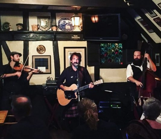 Make your Saturday night date night even better with the help of Tam O'Shanter and its Saturday night concerts throughout September.
