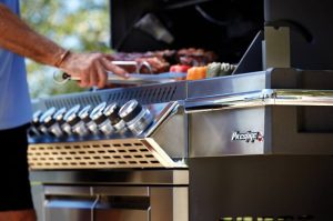 Clear up space and give your family and friends more room to enjoy the experience of cooking by having Thanksgiving on the grill. Thanksgiving Cooking Tips | Grilling Tips | Thanksgiving Food