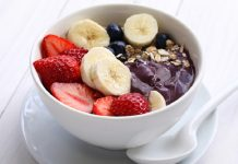 Healthy smoothie bowl breakfast recipes can help you start your day right so you have the energy to get through the day while still staying on track with your health goals. #SmoothieRecipes | Healthy Breakfast Recipes | Smoothie Breakfast Recipes | Smoothie Bowl Recipes