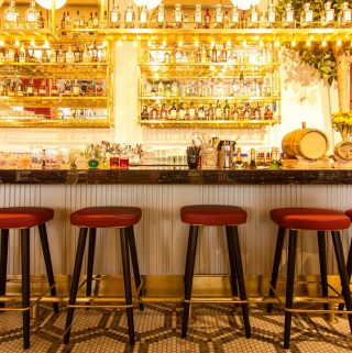 These unique bars in San Francisco will not only serve you a good drink, they will also serve you with great memories and good times whether you are just visiting San Fran or live in the area. Where to Drink in San Francisco | Things to do in San Francisco | Things to do in California | Best Bars in San Francisco #sanfrancisco #travel