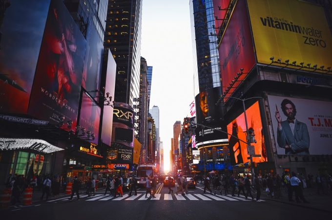 Make your trip to New York one to remember with these things to do with a teenage girl in New York. New York Activities | Things to do in New York | Teen Activities in New York | Trendy Things to do in New York | How Things to do in New York | Things to do with Teens in New York