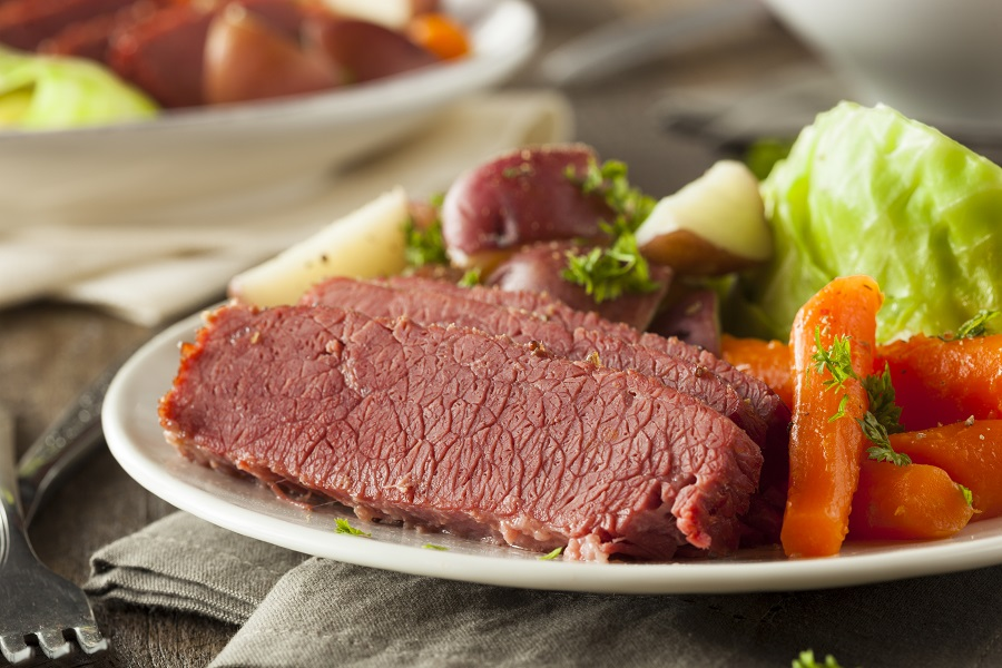 Use some corned beef Instant Pot recipes for inspiration to make one of the most traditional meals that exist today. Corned Beef Recipes | What is Corned Beef | How to Make Corned Beef | Corned Beef and Cabbage Instant Pot Recipes | Irish instant Pot Recipes | Jewish Instant Pot Recipes