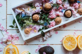 Enjoy a healthy snack by making easy and healthy oatmeal balls recipes that are perfect for snacking at home or on-the-go. Is Oatmeal Healthy   Health Benefits of Oatmeal   How to Make Oatmeal Balls   What Are Oatmeal Balls   Healthy Snack Recipes   Healthy Recipes   Easy Recipes