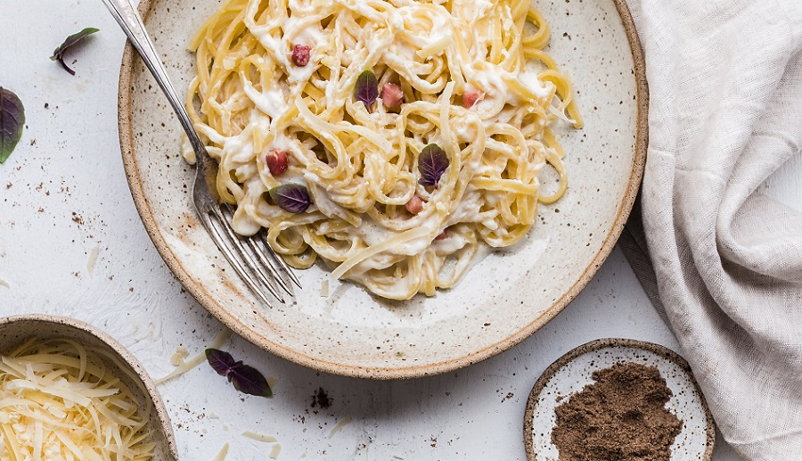 Discover the reason why we cook with wine by using white wine pasta sauce recipes for your next meal at home or with friends. Pasta Recipes | White Wine Recipes | Recipes with White Wine | How to Cook with White Wine | How to Make Wine Pasta Sauce | Can You Cook with White Wine