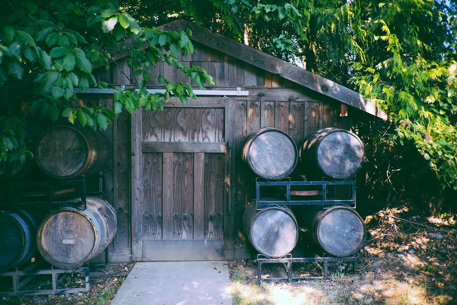 Take your DIY craftiness to a whole new and exciting level with DIY whiskey barrel planter ideas for your front or back yard gardens. Whiskey Barrel Garden Uses | DIY Garden Crafts | How to Build a Garden | How to Use a Whiskey Barrel at Home