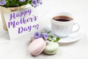 You can tell your mom just how special she is to you with some of the best free Mother's Day printables that she will surely adore. Mother's Day Ideas | Mother's Day Gifts | Mother's Day Gift Ideas | Printables for Mother's Day | Free Printables for Mother's Day