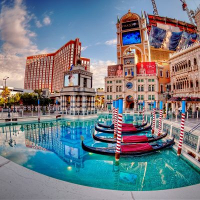 15 Free Things to Do in Las Vegas for Couples