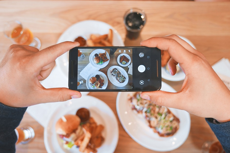Learn how to grow your Instagram following organically and start sharing your interesting moments with tens of thousands of people. What is Organic Growth   How to Get Followers   How to Grow on Instagram   How to Use Social Media