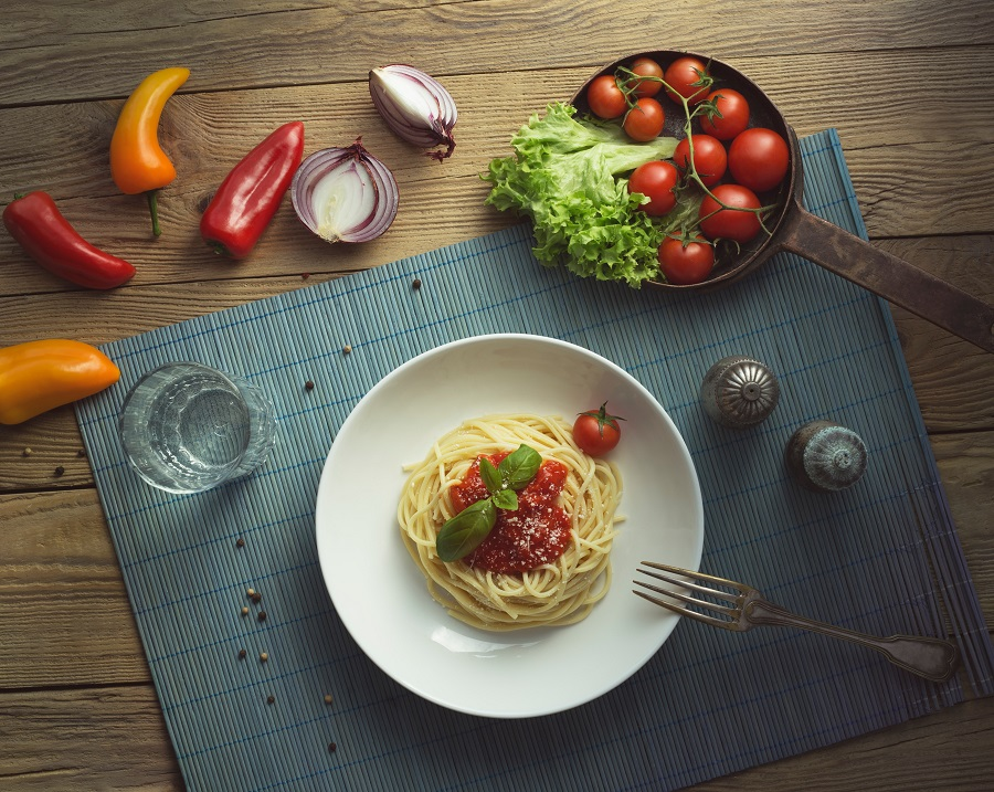 Use Instant Pot spaghetti recipes to help you save a bit of time in the kitchen and prepare a delicious meal everyone will enjoy! Instant Pot Spaghetti Recipes without Meat | Instant Pot Spaghetti Recipes from Scratch | Instant Pot Spaghetti Bolognese | Instant Pot Spaghetti Frozen Beef