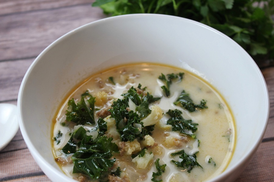 This Instant Pot creamy sausage and kale soup is perfect for family meals and you can easily scale the recipe for a delicious party food. Low Carb Soup Recipes Keto | High Protein Low Carb Soup Recipes | Instant Pot Soup Recipes | Instant Pot Keto Recipes | Healthy Instant Pot Recipes