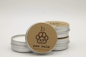 Paw balm is an all-natural way to care for your dog's paws and ensure that they are comfortable with every step and that their paws are conditioned to avoid pain. Paw Balm for Dogs | Natural Dog Paw Balm | Pet Paw Care | Pet Grooming Supplies | Paw Balm for Cats | Food Grade Paw Balm | Safe Paw Balm for Dogs #petcare #grooming