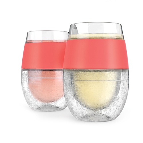 Cooling wine glasses like the Wine Freeze Cooling cups by HOST are a great way to keep your wine the perfect temperature as you enjoy every sip. Wine Glasses for Boating | Pool Wine Glasses | Party Planning | Wine Gifts | White Wine Glasses | Red Wine Glasses | Gifts for Wine Lovers #wine #glasses
