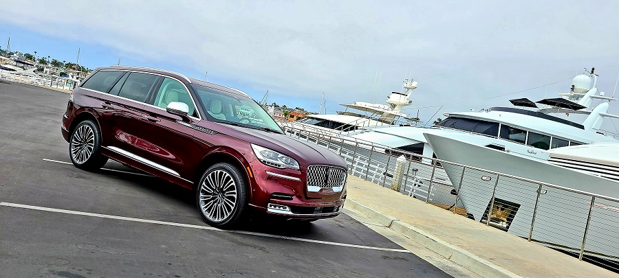 2020 Lincoln Aviator Luxury parked by yachts