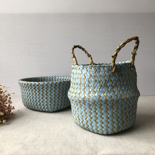 A Bohemian woven seagrass basket is a terrific addition to your functional home decor design that adds a touch of style to any room in the house. Woven Basket for Blankets | Round Woven Basket | Woven Basket Ideas | Home Decor Tips | Tips for Home Storage | Bedroom Decor | Kitchen Décor Ideas #homedecor #storage #organization