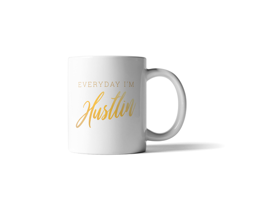 This everyday I'm hustlin' white mug is perfect for those who are not scared to grind a bit doing what they love. White Mugs with Quotes | Morning Coffee Ideas | Ceramic Mugs with Quotes | Classy Coffee Mugs | Funny Coffee Mugs | Motivation Quotes | Rise and Grind Quotes | Gifts for Coworkers #mugs #quotes