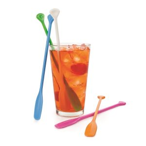 Stir things up with your favorite cocktail recipes with these colorful and fun Party Paddle Stir Sticks! Bartending Tips | Party Planning | Party Supplies | Cocktail Recipe Ideas | Drink Accessories #drinks #bartending