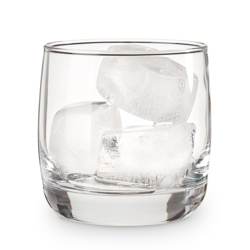 Ice From Ice Cube Tray with Lid