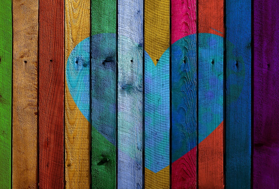 DIY Valentine's Day Decorations Heart Painted onto Slats of Wood