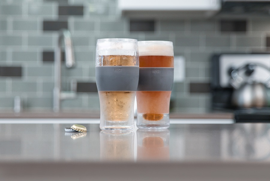 Freeze cooling pint glasses will keep your beer and drinks cool for hours and only take a few hours to chill in the freezer. Party Supplies | Best Beers | Freezable Beer Glass | Freezer Mugs | Party Food Ideas | Party Drinks | Party Planning #partyplanning #beer via @thebestoflife